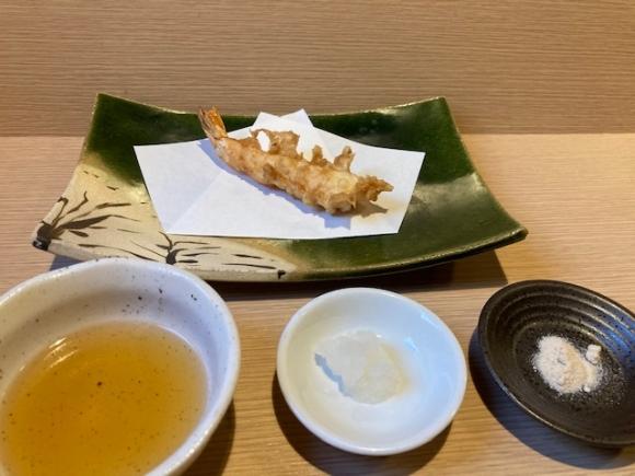 【SYNTH(シンス)堂島ブログ】堂島グルメレポートVol.39「天ぷら おばた」